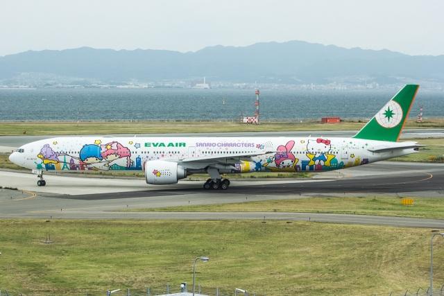 Shotaroさんが、関西国際空港で撮影したエバー航空 777-36N/ERの航空フォト(飛行機 写真・画像)