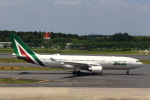 T.Sazenさんが、成田国際空港で撮影したアリタリア航空 A330-202の航空フォト(写真)