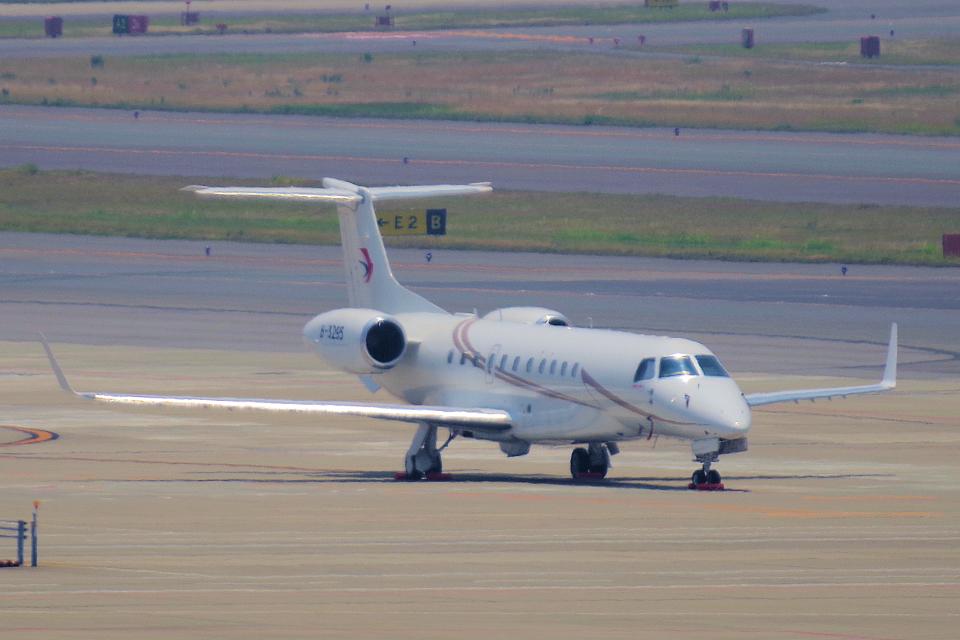 yabyanさんの東方公務航空 Embraer ERJ-135 (B-3295) 航空フォト