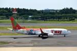 T.Sazenさんが、成田国際空港で撮影したティーウェイ航空 737-8HXの航空フォト(飛行機 写真・画像)
