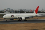 flying-dutchmanさんが、伊丹空港で撮影した日本航空 777-246の航空フォト(写真)