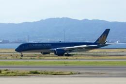 しんさんが、関西国際空港で撮影したベトナム航空 A350-941XWBの航空フォト(写真)