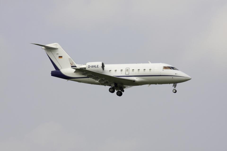 Gulf650Erさんのハパック ロイド フルーク Bombardier Challenger 600 (D-AHLE) 航空フォト