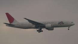 SVMさんが、羽田空港で撮影した日本航空 777-246の航空フォト(飛行機 写真・画像)
