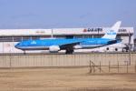 けいとパパさんが、成田国際空港で撮影したKLMオランダ航空 777-206/ERの航空フォト(写真)