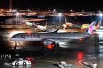 サンドバンクさんが、羽田空港で撮影したカタール航空 A350-941の航空フォト(飛行機 写真・画像)