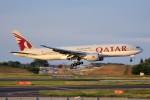 YASKYさんが、成田国際空港で撮影したカタール航空 777-2DZ/LRの航空フォト(写真)