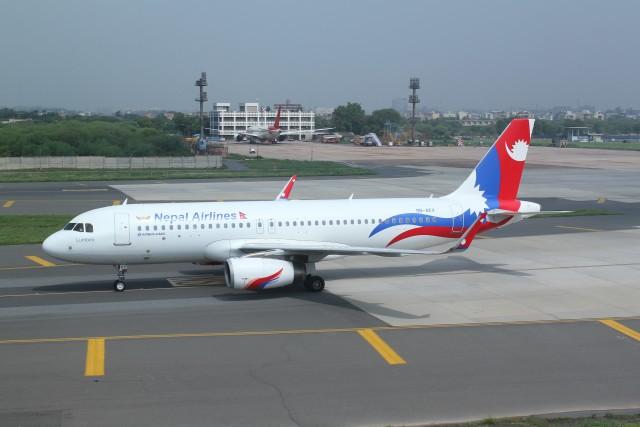 BTYUTAさんが、インディラ・ガンディー国際空港で撮影したネパール航空 A320-233の航空フォト(飛行機 写真・画像)