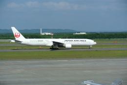 鱚楽鯛遊さんが、新千歳空港で撮影した日本航空 777-346の航空フォト(飛行機 写真・画像)
