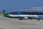 T.Sazenさんが、関西国際空港で撮影したエバー航空 777-36N/ERの航空フォト(飛行機 写真・画像)