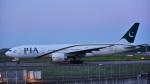 パンダさんが、成田国際空港で撮影したパキスタン国際航空 777-240/ERの航空フォト(写真)
