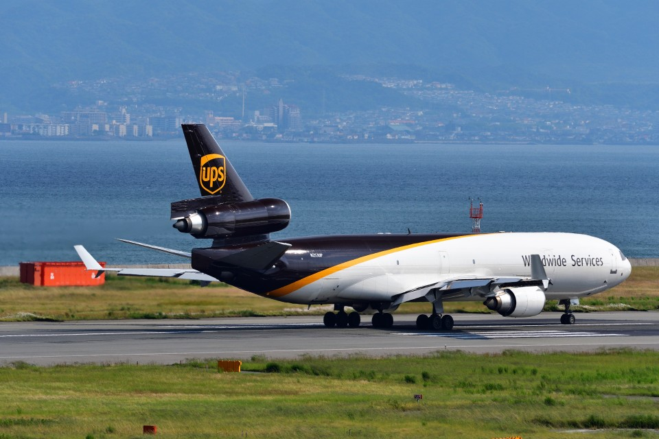 T.SazenさんのUPS航空 McDonnell Douglas MD-11 (N253UP) 航空フォト
