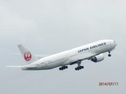 まさ773さんが、羽田空港で撮影した日本航空 777-246の航空フォト(飛行機 写真・画像)