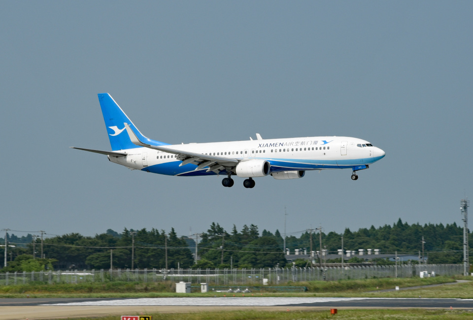 tsubasa0624さんの厦門航空 Boeing 737-800 (B-1970) 航空フォト