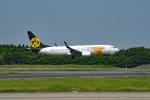 tsubasa0624さんが、成田国際空港で撮影したMIATモンゴル航空 737-8SHの航空フォト(飛行機 写真・画像)