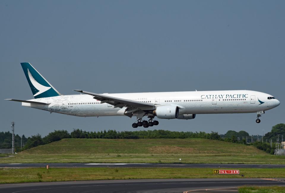 tsubasa0624さんのキャセイパシフィック航空 Boeing 777-300 (B-HNK) 航空フォト