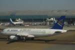 flying-dutchmanさんが、ドバイ国際空港で撮影したエア・アスタナ A320-232の航空フォト(写真)