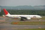 Izumixさんが、新千歳空港で撮影した日本航空 777-246の航空フォト(写真)