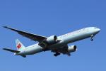 hnd22さんが、羽田空港で撮影したエア・カナダ 777-333/ERの航空フォト(写真)
