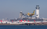 airbandさんが、羽田空港で撮影した全日空 747-481(D)の航空フォト(写真)