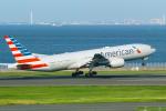 delawakaさんが、羽田空港で撮影したアメリカン航空 777-223/ERの航空フォト(写真)