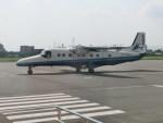kumagorouさんが、調布飛行場で撮影した新中央航空 228-212の航空フォト(写真)