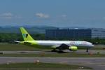 T.Sazenさんが、新千歳空港で撮影したジンエアー 777-2B5/ERの航空フォト(写真)