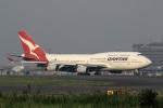 スポット110さんが、羽田空港で撮影したカンタス航空 747-438の航空フォト(写真)