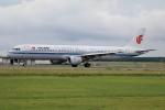 北の熊さんが、新千歳空港で撮影した中国国際航空 A321-213の航空フォト(飛行機 写真・画像)