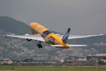 takepapaさんが、伊丹空港で撮影した全日空 777-281/ERの航空フォト(写真)