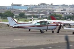Koenig117さんが、八尾空港で撮影したちくぎんリース 172P Skyhawk IIの航空フォト(飛行機 写真・画像)