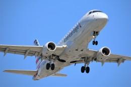 DREAMWINGさんが、ロサンゼルス国際空港で撮影したコンパス航空 ERJ-170-200 LR (ERJ-175LR)の航空フォト(飛行機 写真・画像)