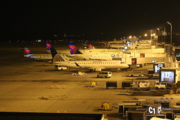 DREAMWINGさんが、ミネアポリス・セントポール国際空港で撮影したメサ・エアラインズ ERJ-170-200 LR (ERJ-175LR)の航空フォト(飛行機 写真・画像)