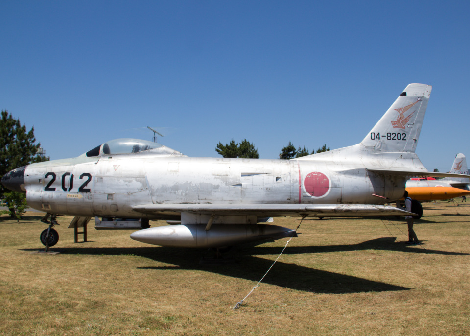 Mame @ TYOさんの航空自衛隊 North American F-86 Sabre (04-8202) 航空フォト