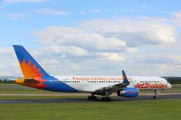 安芸あすかさんが、マンチェスター空港で撮影したジェット・ツー 757-27Bの航空フォト(飛行機 写真・画像)