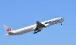 Take51さんが、那覇空港で撮影した日本航空 777-346の航空フォト(写真)