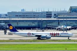 Dojalanaさんが、羽田空港で撮影したルフトハンザドイツ航空 A340-642の航空フォト(写真)