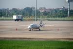 とおまわりさんが、ノイバイ国際空港で撮影した不明 P.180 Avantiの航空フォト(写真)