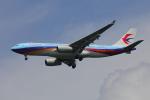じゃりんこさんが、成田国際空港で撮影した中国東方航空 A330-243の航空フォト(写真)