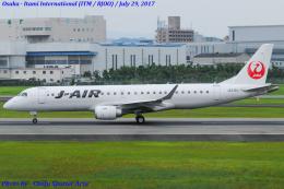 Chofu Spotter Ariaさんが、伊丹空港で撮影したジェイ・エア ERJ-190-100(ERJ-190STD)の航空フォト(飛行機 写真・画像)