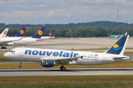 安芸あすかさんが、ミュンヘン・フランツヨーゼフシュトラウス空港で撮影したヌーべルエア・チュニジア A320-214の航空フォト(飛行機 写真・画像)