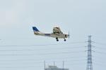 tsubasa0624さんが、嘉手納飛行場で撮影したアメリカ個人所有 172P Skyhawk IIの航空フォト(写真)