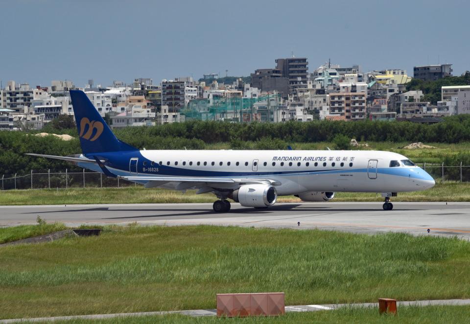 tsubasa0624さんのマンダリン航空 Embraer ERJ-190 (B-16828) 航空フォト