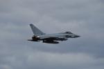 nobu2000さんが、フェアフォード空軍基地で撮影したイギリス空軍 EF-2000 Typhoon FGR4の航空フォト(写真)