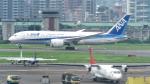 誘喜さんが、台北松山空港で撮影した全日空 787-8 Dreamlinerの航空フォト(写真)