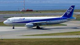 cathay451さんが、関西国際空港で撮影した全日空 A320-214の航空フォト(飛行機 写真・画像)