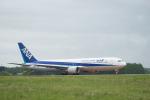 J-birdさんが、中標津空港で撮影した全日空 767-381/ERの航空フォト(写真)
