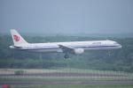 yabyanさんが、新千歳空港で撮影した中国国際航空 A321-213の航空フォト(写真)