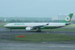 yabyanさんが、新千歳空港で撮影したエバー航空 A330-302の航空フォト(飛行機 写真・画像)