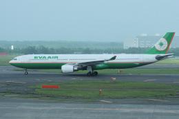 yabyanさんが、新千歳空港で撮影したエバー航空 A330-302の航空フォト(写真)
